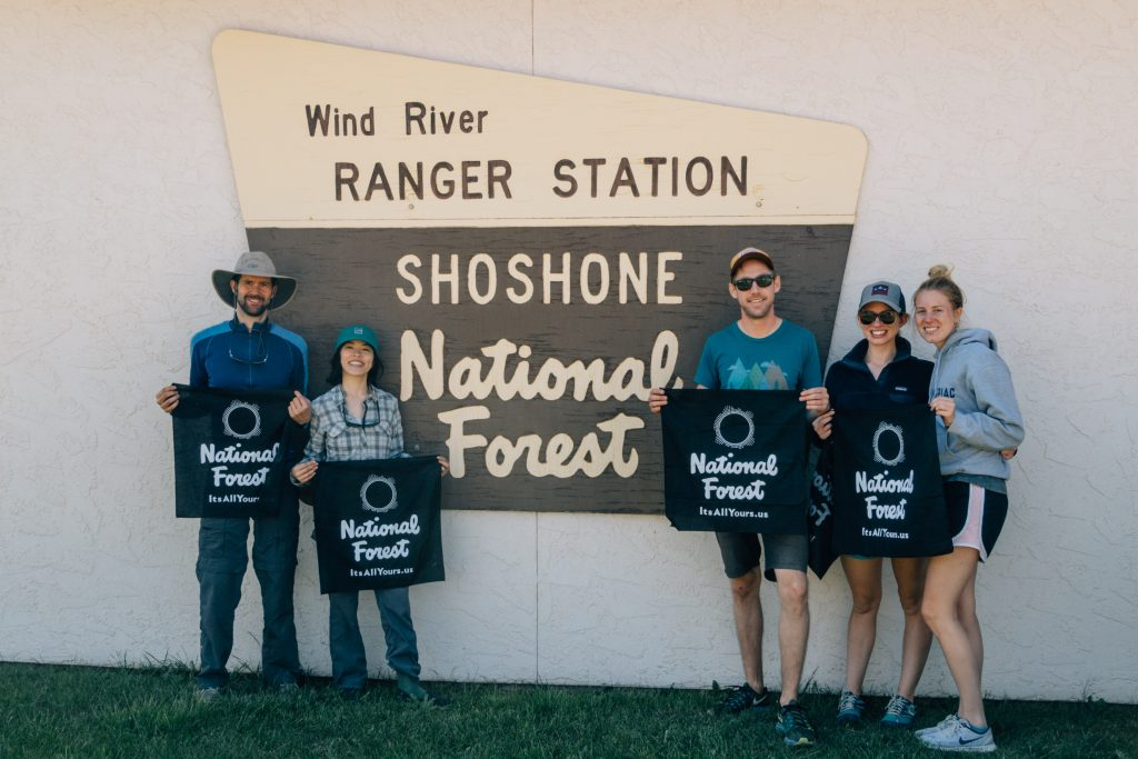 Group photo outside Shoshone National Forest Ranger Station