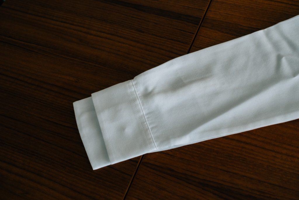 UNIQLO shirt size comparison sleeve