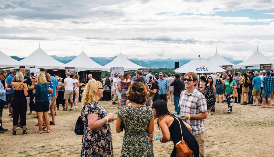 Crowd at Heritage Fire Acreage Farms 2019